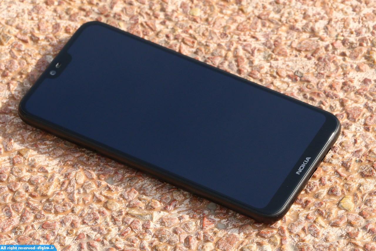 بررسی نوکیا ایکس 6 - Nokia X6؛ یک گوشی اقتصادی با کتوشلوار پرچمداران