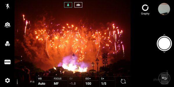 عکاسی از اتش بازی 2 600x300 - چگونه با دوربین گوشی هوشمند از آتش بازی عکس بگیریم؟