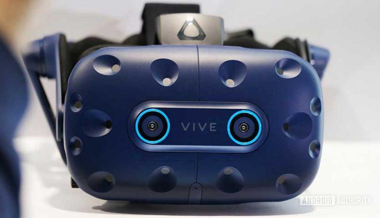 اچتیسی از هدستهای Vive Pro Eye و Vive Cosmos VR خود رونمایی کرد