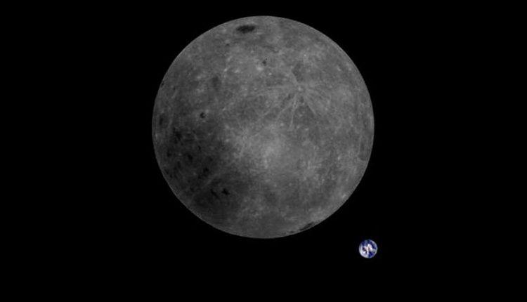 تصویر ماه و زمین