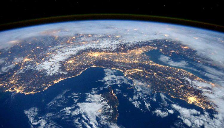 تصاویر شگفت انگیز کره زمین که از فضا ثبت شدهاند