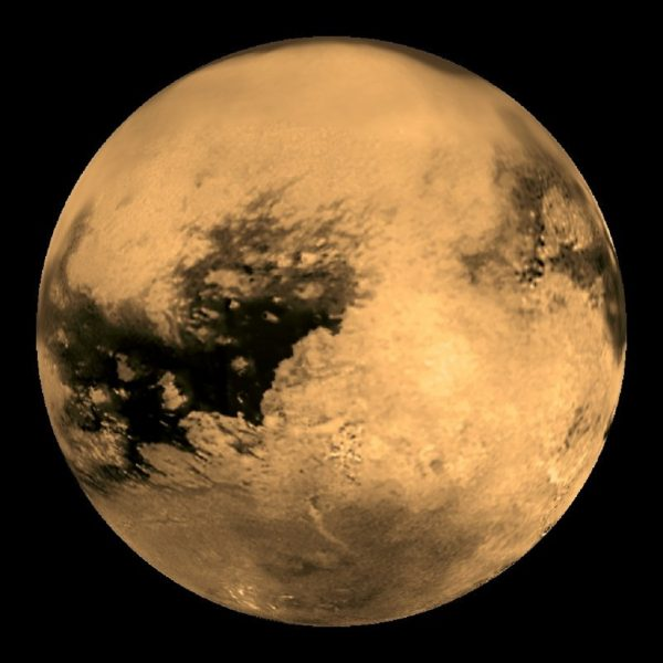 تئوریها میگوید که شاید بعدا بتوان در قمر تیتان سکونت گزید