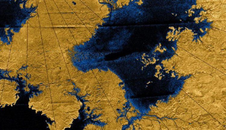دریاچههای کوچک تیتان