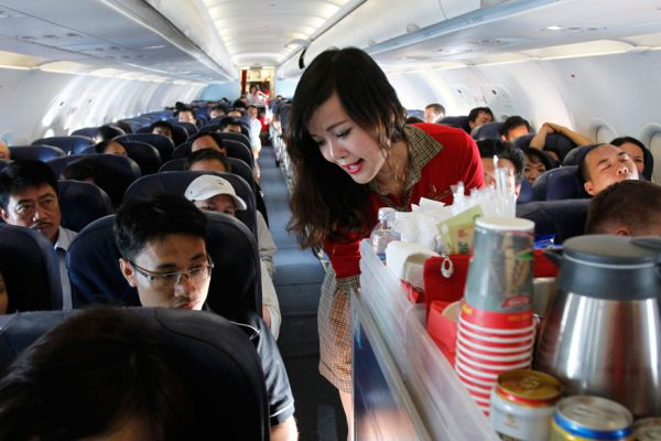 مهماندار هواپیما ، مشاغل ناسالم و مضر