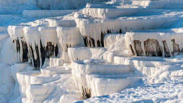 مکانهای دیدنی جهان: چشمه آب گرم پاموکاله