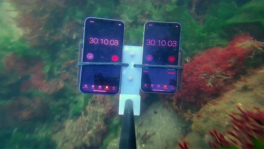 تست مقاومت آیفون 11 و 11 پرو در برابر نفوذ آب