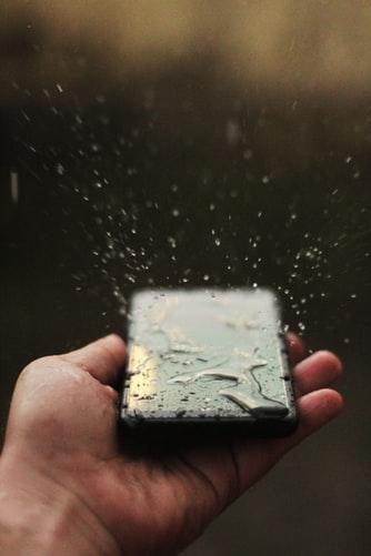 دکمه های مجازی گوشی های هوشمند 2020 را در برابر آب مقاومتر میسازند