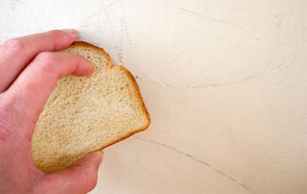 پاک کردن با نان