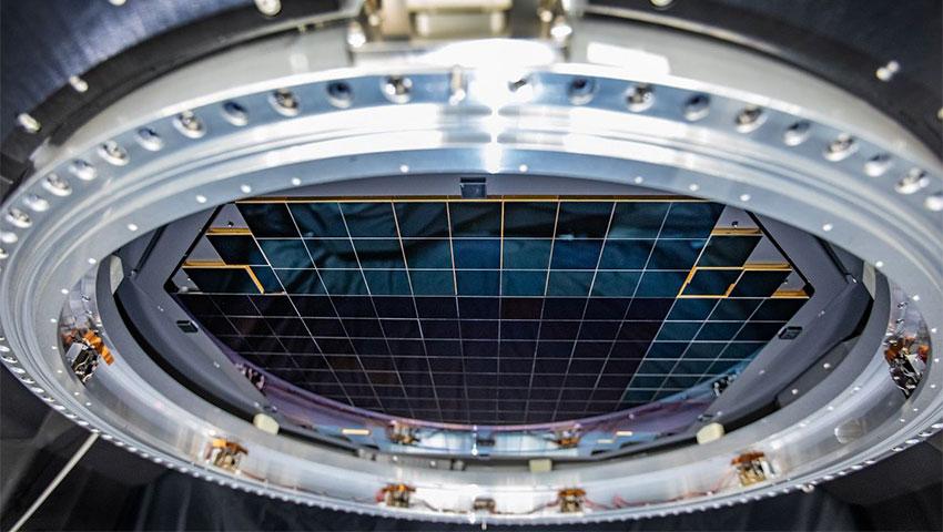 بزرگترین سنسور دوربین جهان