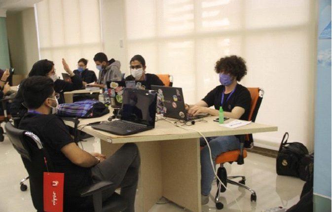 بزرگترین رویداد برنامه نویسی تلفن همراه کشور برگزار شد و تیم های برتر معرفی شدند