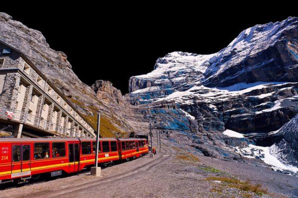 بالاترین ایستگاه راه آهن اروپا