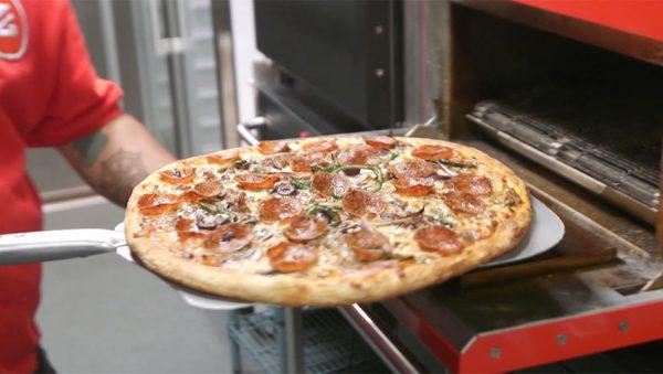 تولید پیتزا