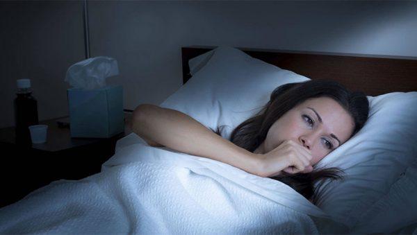 بیدار شدن در نیمه شب