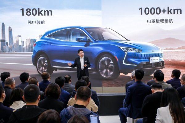 آغاز فروش خودروی SERES SF5 توسط هوآوی