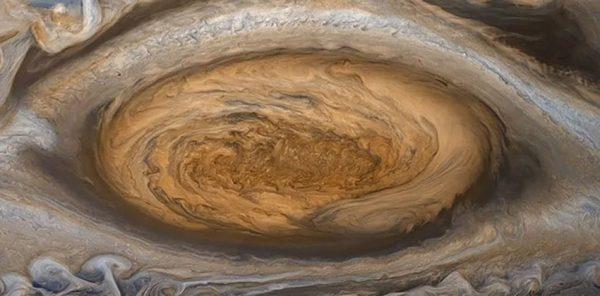 گردباد 186 ساله در سیاره مشتری