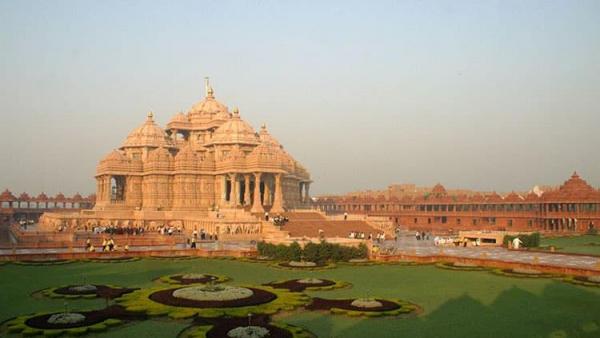 با عجیبترین معبدهای جهان آشنا شوید