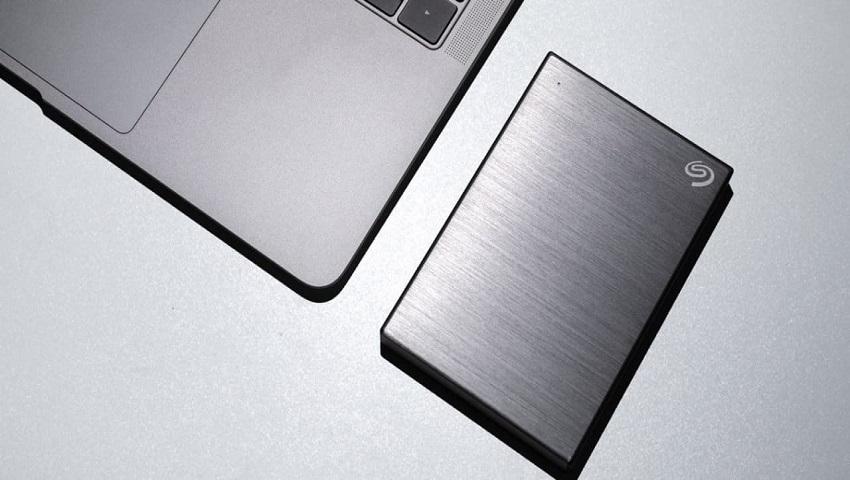 هارد دیسک، SSD یا فلش درایو؟ با انواع فضاهای ذخیرهسازی آشنا شوید
