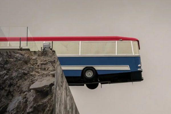 12 حقیقت شگفت انگیز در مورد اتوبوس 1